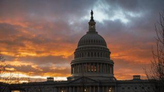 国会预算办公室预测第二季度GDP下滑38% 就业下半年复苏