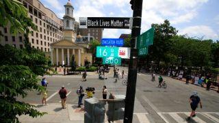 同川普公开叫板!华盛顿市长竟将白宫附近街道改这名