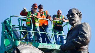 维州欲拆除内战时期李将军雕像 遭法官紧急叫停