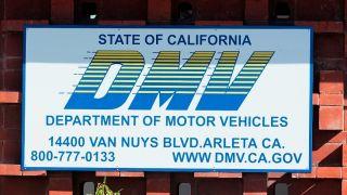加州所有DMV将于本周开放 但仅提供这些业务