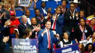 首位州长确诊新冠!上月曾参加川普竞选集会
