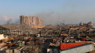 贝鲁特爆炸至少致135人死亡 30万人流离失所