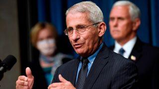 福契:明年初预计将有数千万剂冠病疫苗