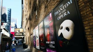 纽约百老汇演出重开时间再推迟至2021年夏天