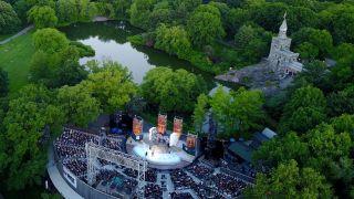 纽约市重开关键一步 中央公园莎士比亚演出今夏回归