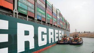 台湾巨轮仍未脱浅 苏伊士运河疏通或需几周 一天贸易损失近百亿【组图】