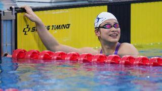 不满16岁!余依婷刷新女子200米混合泳世界青年纪录