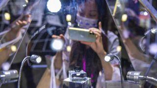 88克拉黑钻石亮相首届中国消博会