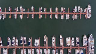 百余艘游艇集中亮相首届中国国际消费品博览会