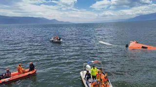 大理一直升机取水时坠入洱海 4名机组人员已致2死