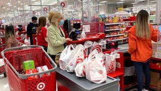 全美零售销售额下滑 疫情消费习惯发生这些改变