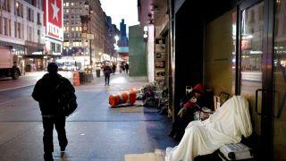 纽约市将给年轻游民发钱 每月发1250元持续两年