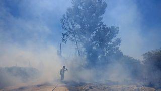 回应哈马斯燃烧气球 以色列48小时内第二次空袭加沙